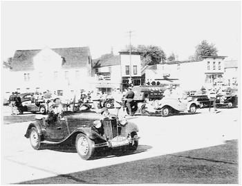 Phil Hill Formula One 1952 Elkhart Lake Wisconsin Road America Brooks Stevens 35mm Slide Lot of 4 Excalibur